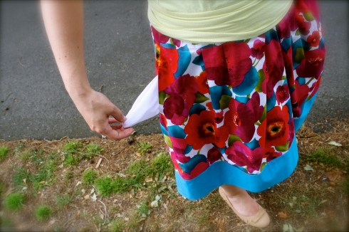 Flower power skirt pocket
